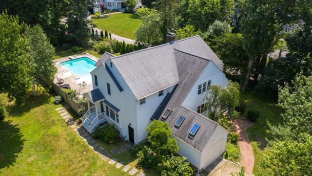 138 Central St, Hingham, MA 02043 (MLS #72533079) :: The Russell Realty Group