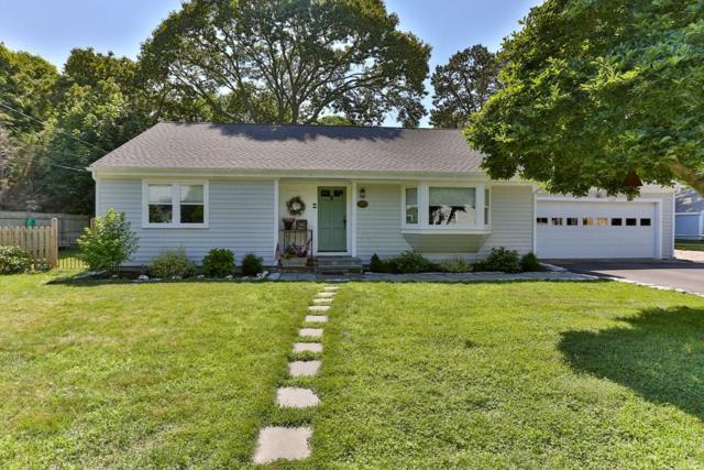 137 Pine Ln, Barnstable, MA 02655 (MLS #72533392) :: Apple Country Team of Keller Williams Realty