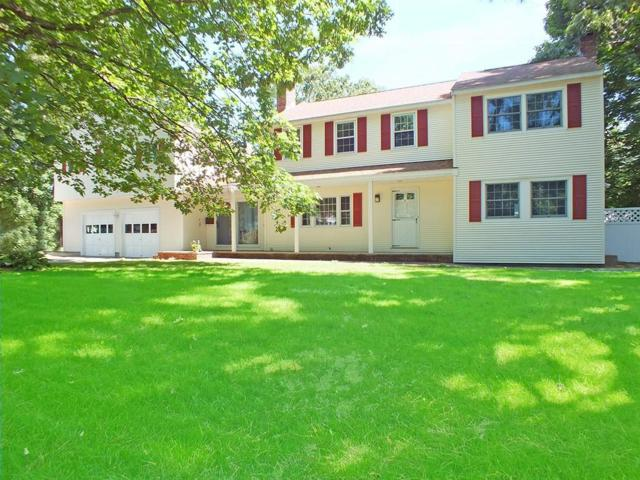 9 Clinton Ave, Chelmsford, MA 01824 (MLS #72535820) :: Parrott Realty Group