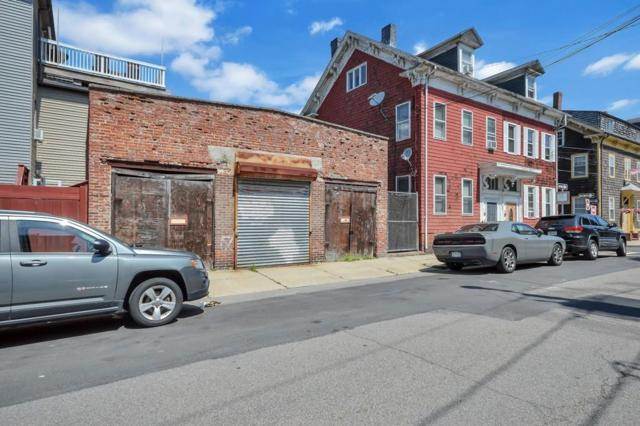 50-52 F St, Boston, MA 02127 (MLS #72538259) :: Charlesgate Realty Group