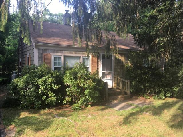 86 Russell Mills Rd, Plymouth, MA 02360 (MLS #72541876) :: The Muncey Group