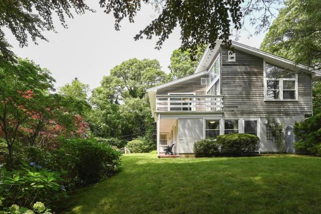 10 Carrot Hill Rd, Falmouth, MA 02543 (MLS #72544394) :: Kinlin Grover Real Estate