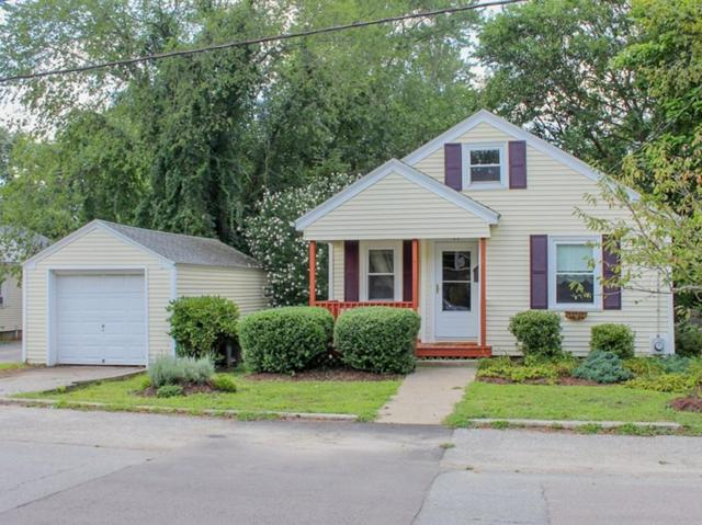 11 Pensaukee Ave, North Providence, RI 02911 (MLS #72548495) :: Sousa Realty Group