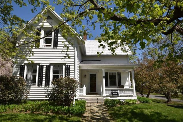 20 Clifton Ave, Amherst, MA 01002 (MLS #72548777) :: Kinlin Grover Real Estate