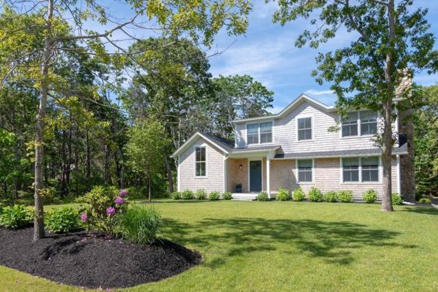 8 Vickers St, Edgartown, MA 02539 (MLS #72549406) :: Kinlin Grover Real Estate