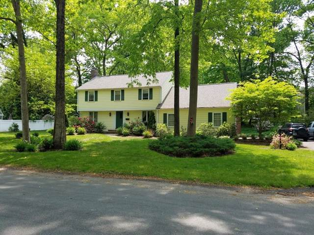 8 Stagecoach Rd, Hingham, MA 02043 (MLS #72560889) :: DNA Realty Group