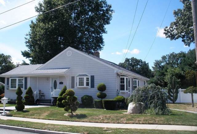 281 Raymond St, New Bedford, MA 02745 (MLS #72561235) :: The Muncey Group