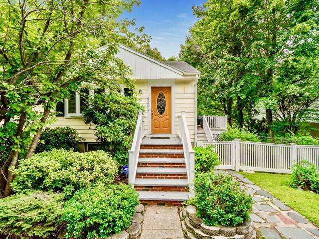 426 Russell St, Woburn, MA 01801 (MLS #72562049) :: Team Patti Brainard