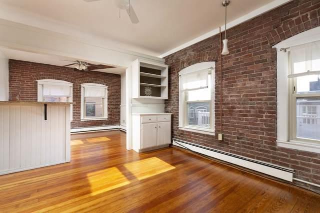 Twenty One Moon Street Twelve, Boston, MA 02113 (MLS #72564877) :: Westcott Properties