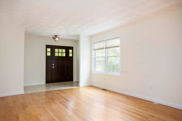 23 Everett Ave, Providence, RI 02906 (MLS #72565911) :: Vanguard Realty