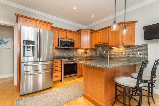 172 H St #1, Boston, MA 02127 (MLS #72566382) :: Westcott Properties