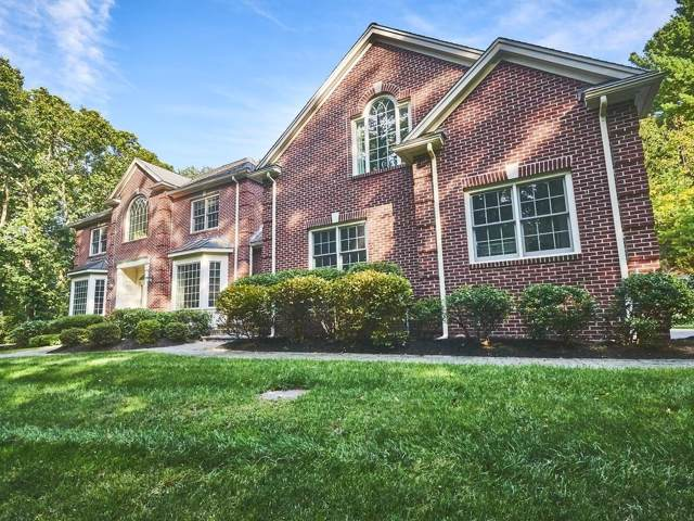 4 Chieftain Ln, Natick, MA 01760 (MLS #72570840) :: DNA Realty Group