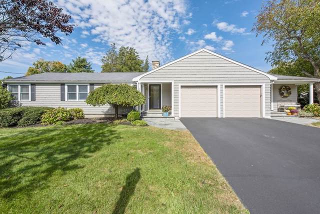 31 Country Ln, Westwood, MA 02090 (MLS #72573989) :: Trust Realty One
