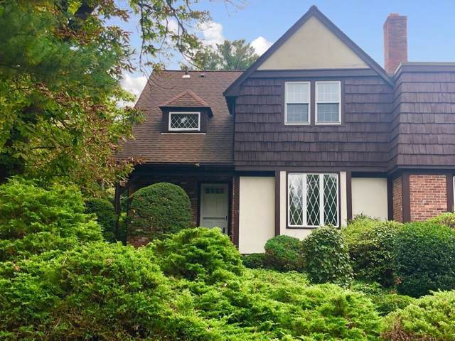 19 Brook St #19, Wellesley, MA 02482 (MLS #72574879) :: The Gillach Group