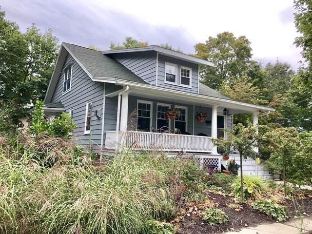4 Boie, Amesbury, MA 01913 (MLS #72578263) :: Kinlin Grover Real Estate