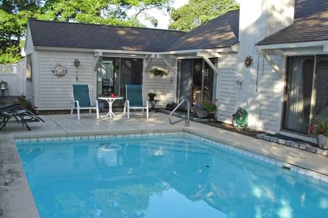 19 Mashie Cir, Mashpee, MA 02649 (MLS #72579029) :: The Duffy Home Selling Team