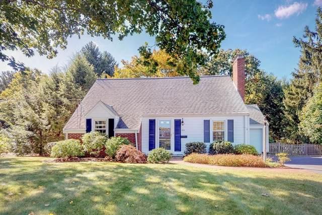 60 Adams St, Medfield, MA 02052 (MLS #72581038) :: Westcott Properties
