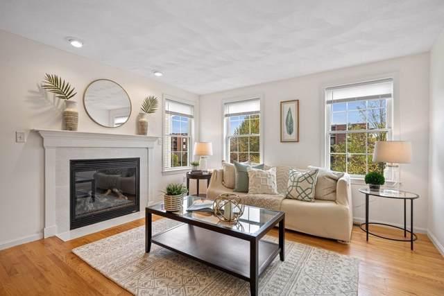 10 Benjamin Terrace, Stoneham, MA 02180 (MLS #72581514) :: The Muncey Group