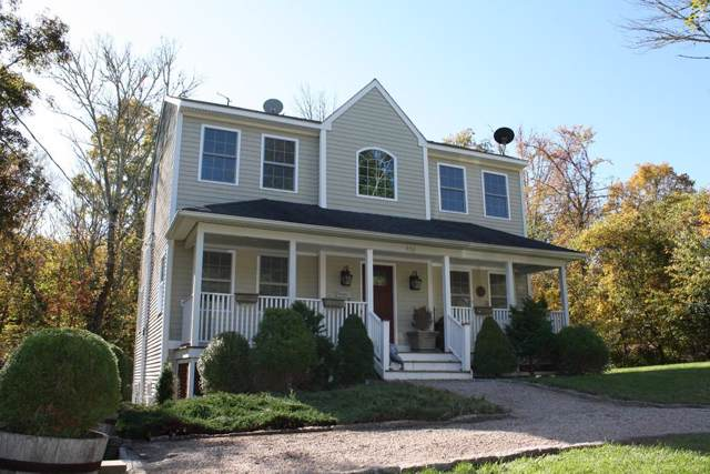 458 W.Demello Drive, Tiverton, RI 02878 (MLS #72584248) :: Kinlin Grover Real Estate