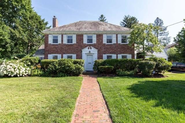 69 Evelyn Rd, Newton, MA 02468 (MLS #72587363) :: Berkshire Hathaway HomeServices Warren Residential