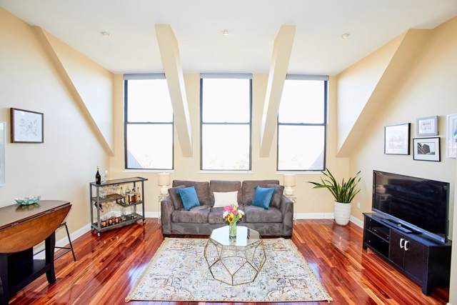 76 Elm St #403, Boston, MA 02130 (MLS #72589546) :: Compass