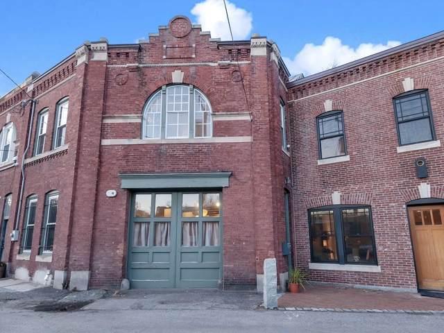19 Saint Marys Ct, Brookline, MA 02446 (MLS #72597107) :: Conway Cityside