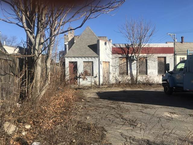 130 Lunenburg Street, Fitchburg, MA 01420 (MLS #72600346) :: Maloney Properties Real Estate Brokerage