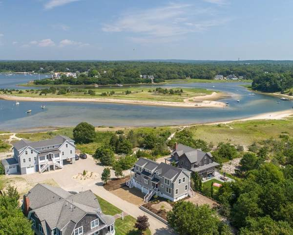 35 Pine Bank Rd, Falmouth, MA 02556 (MLS #72607425) :: Kinlin Grover Real Estate