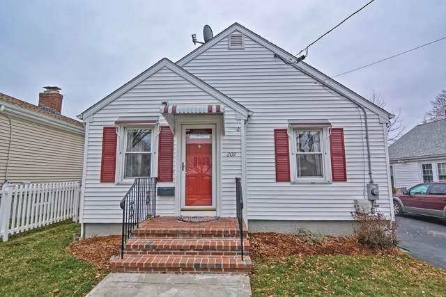 209 Grassmere Ave, East Providence, RI 02914 (MLS #72607919) :: Driggin Realty Group