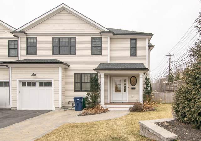 7 Elliot Ter #7, Newton, MA 02464 (MLS #72610442) :: The Duffy Home Selling Team
