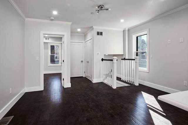 57 Hurley Street Unit 1, Cambridge, MA 02141 (MLS #72610598) :: Team Tringali