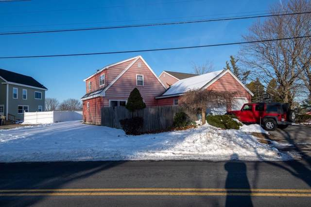 2 Hope Dr #2, Amesbury, MA 01913 (MLS #72611008) :: The Muncey Group