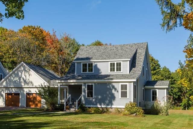 129 East Street, Carlisle, MA 01741 (MLS #72611949) :: The Duffy Home Selling Team