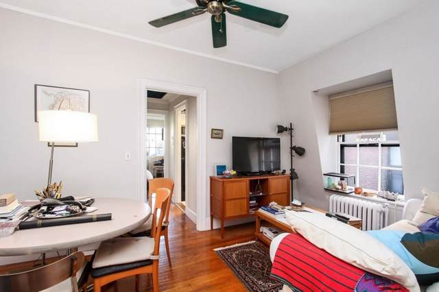 88 Beacon St #4, Boston, MA 02108 (MLS #72612333) :: Berkshire Hathaway HomeServices Warren Residential