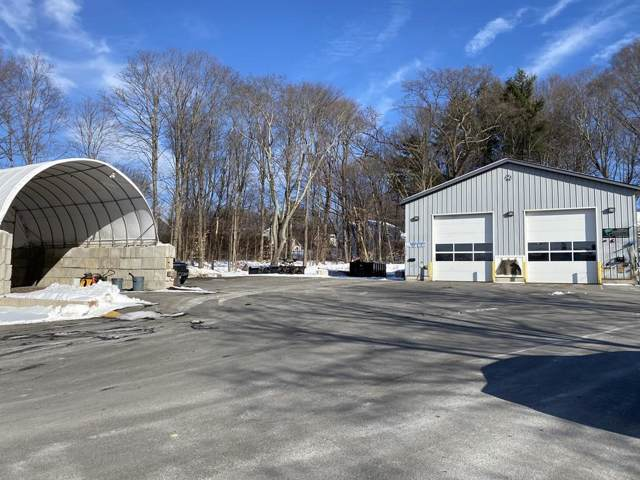 1635 Osgood St, North Andover, MA 01845 (MLS #72612476) :: Driggin Realty Group