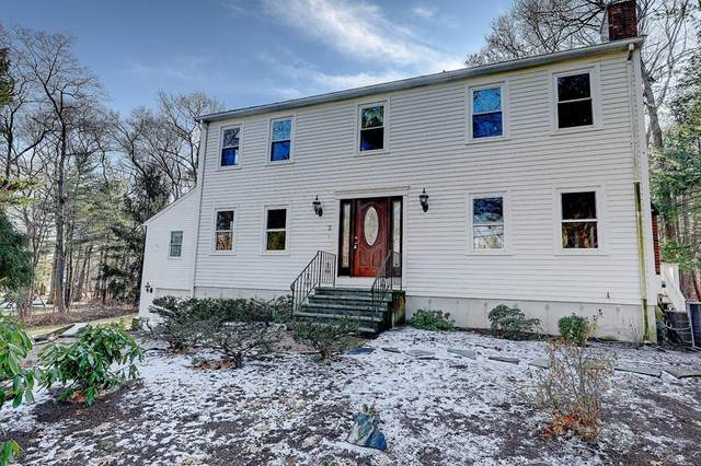 3 Blacksmith Rd, Cumberland, RI 02864 (MLS #72615425) :: Kinlin Grover Real Estate