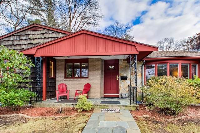 100 Rolling Lane, Needham, MA 02492 (MLS #72616221) :: The Gillach Group