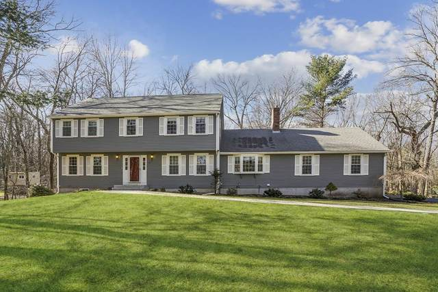 73 Indian Hill Road, Medfield, MA 02052 (MLS #72616434) :: Charlesgate Realty Group