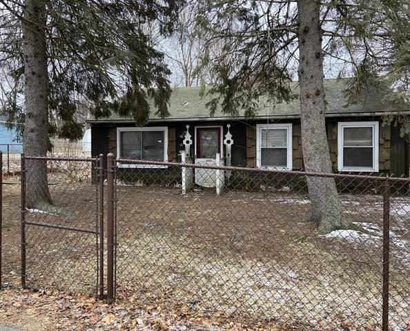 13 Clarendon Rd, Auburn, MA 01501 (MLS #72617565) :: The Duffy Home Selling Team