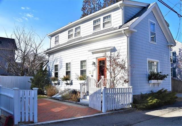 13 Waldron St, Marblehead, MA 01945 (MLS #72619495) :: Kinlin Grover Real Estate