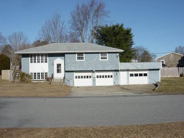 83 Watson Dr, Portsmouth, RI 02871 (MLS #72619852) :: Welchman Real Estate Group