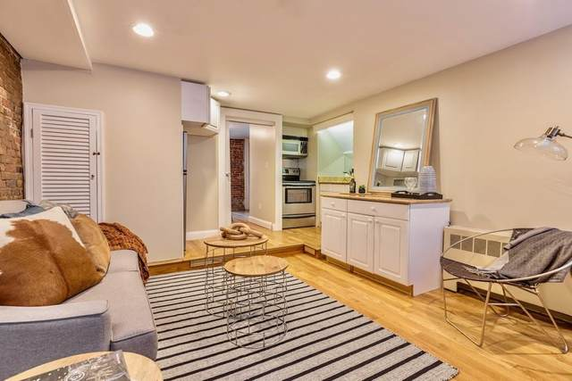 61 Phillips St #1, Boston, MA 02114 (MLS #72620299) :: Team Tringali