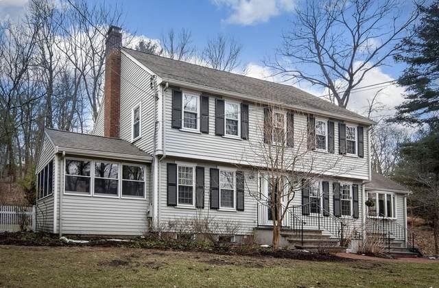 26 Cedar Hill Rd, Dover, MA 02030 (MLS #72620576) :: Spectrum Real Estate Consultants