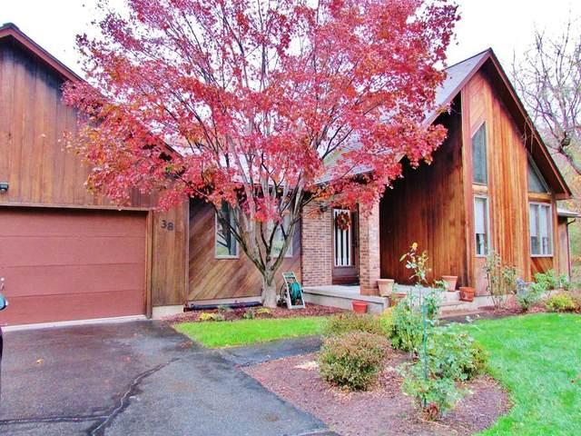 38 Oakcrest Drive, Westfield, MA 01085 (MLS #72622661) :: Westcott Properties