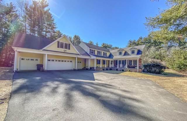 4 Farm Street, Medfield, MA 02052 (MLS #72623342) :: RE/MAX Vantage
