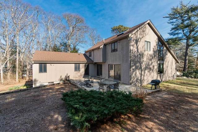 9 Ironwood Ln, Falmouth, MA 02556 (MLS #72626417) :: The Gillach Group