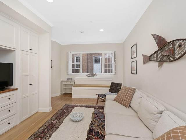 17 Clark Street #1, Boston, MA 02109 (MLS #72626946) :: Charlesgate Realty Group