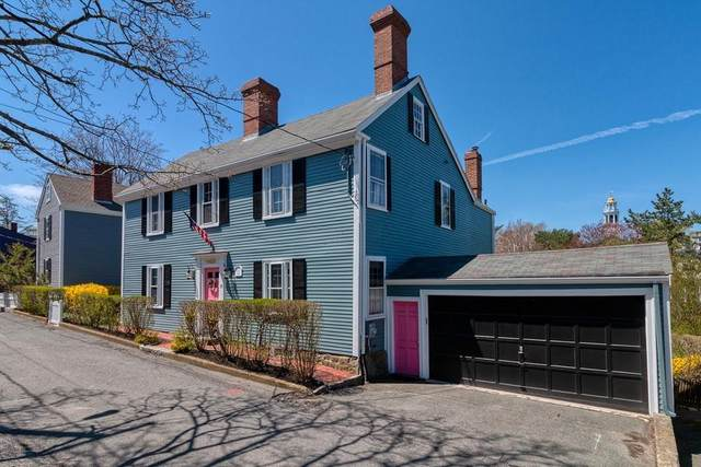 25 Circle Street, Marblehead, MA 01945 (MLS #72629375) :: The Duffy Home Selling Team