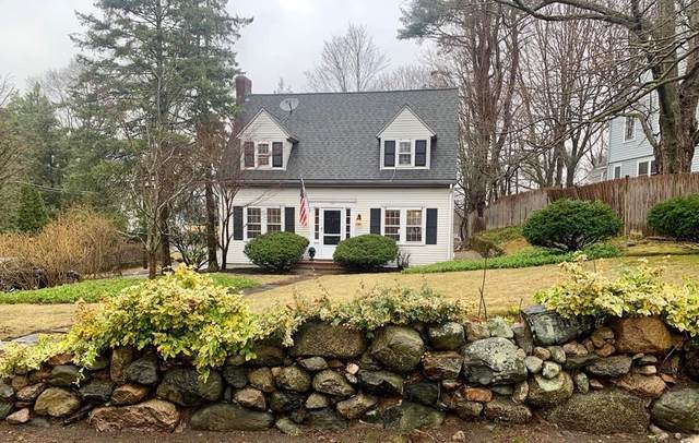 142 Oakland Street, Wellesley, MA 02481 (MLS #72633379) :: The Gillach Group