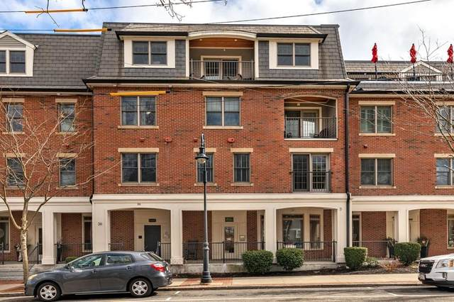 36 Central Ave #12, Milton, MA 02186 (MLS #72635528) :: The Gillach Group